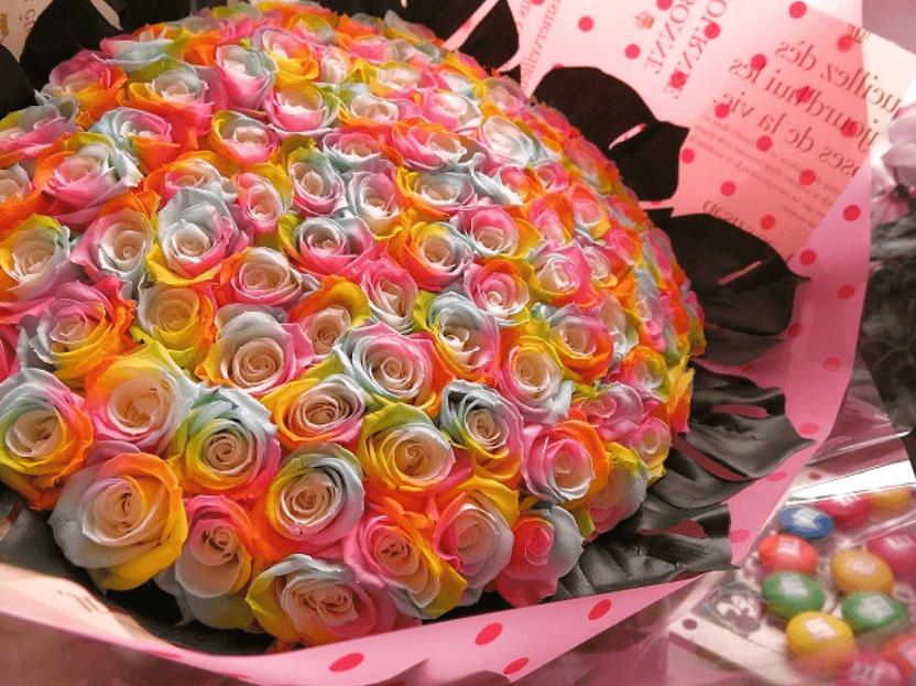 レインボーローズの花束(プリザーブドフラワー)